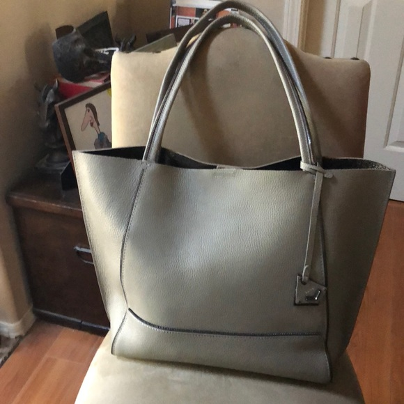 eae1a34c2a Botkier Handbags - Botkier tote